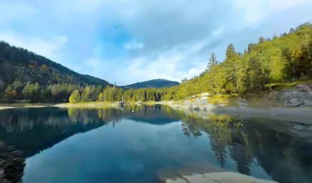interaktive 360° Erfrischung: Ab in den Schweizer Bergsee