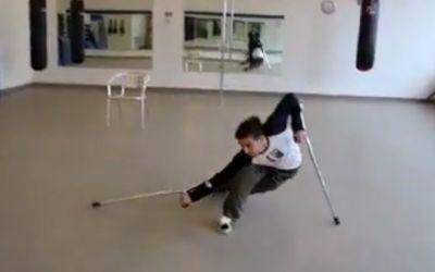 crutch_dance