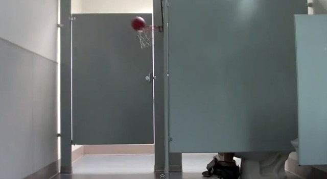Basketball-Trickshots von David Kalb