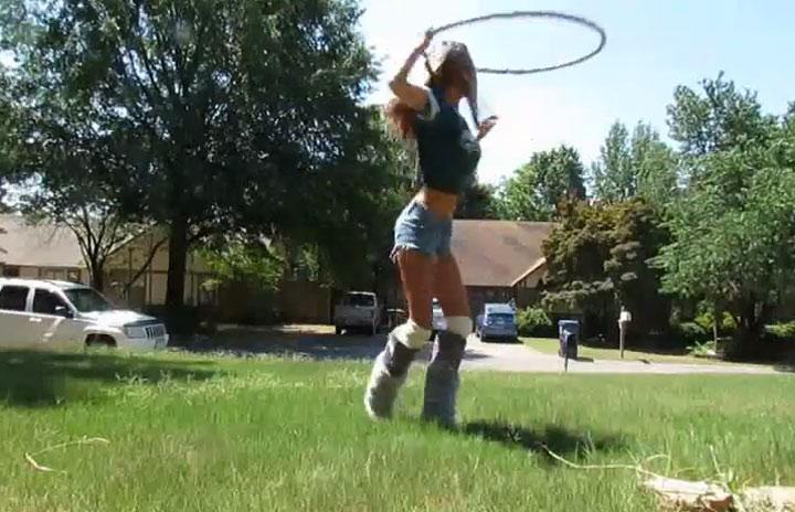 Hula-Hoop Girl