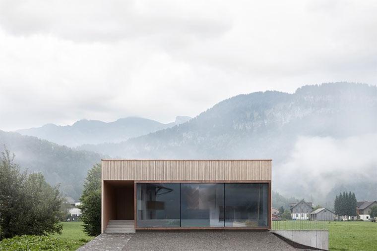 Einfamilienhaus mit Schauraum