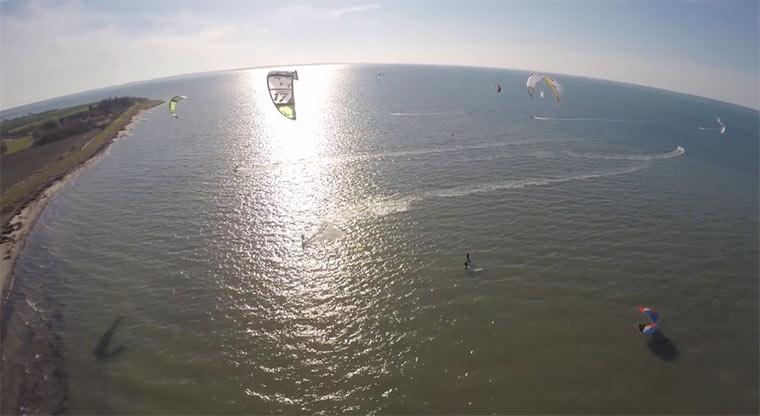 Kitesurfend den Frühling begrüßen