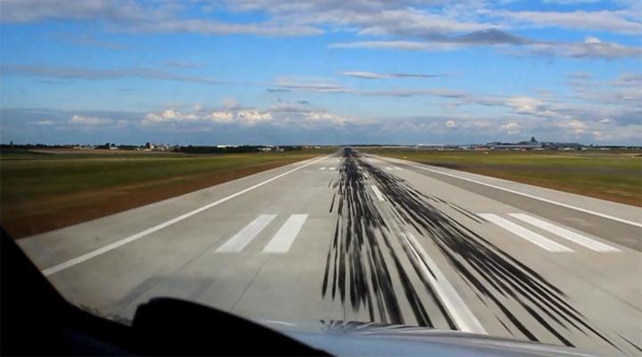 Entspannt: Flugzeug POV-Timelapse