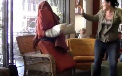 human_chair_scare