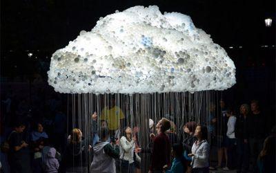 interactive_lightbulb_cloud_01