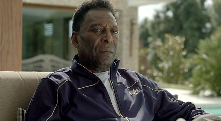 Schnürt Pelé bald wieder die Fußballschuhe?