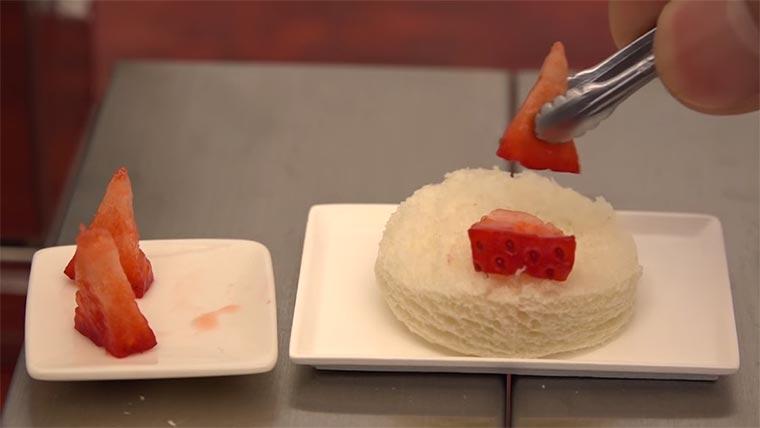 Mini-Kuchen aus Mini-Küche mini-food-cake