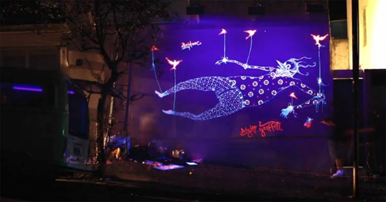 Graffiti, das nur nachts zu sehen ist