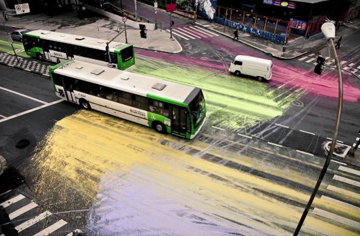 Eingefärbte Kreuzung in Sao Paulo