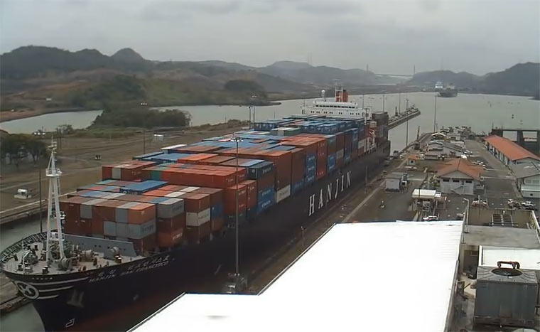 Timelapse: 1 Tag am Panamakanal
