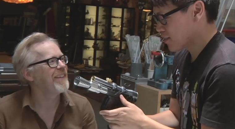 Nerdgasm: Adam Savage baut Han Solo-Blaster