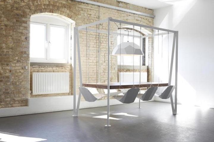Beschwinktes Meeting? – Swing Table