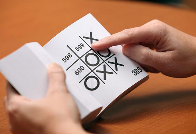 Das Tic Tac Toe-Buch, das gegen dich gewinnt