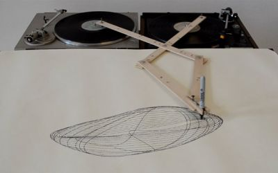 turntable_drawing_machine