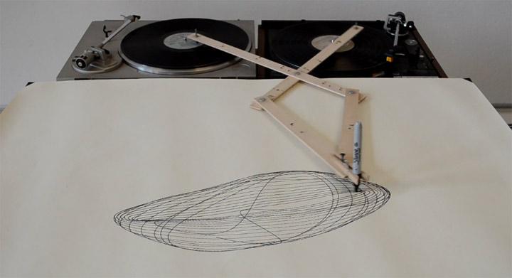 turntable_drawing_machine