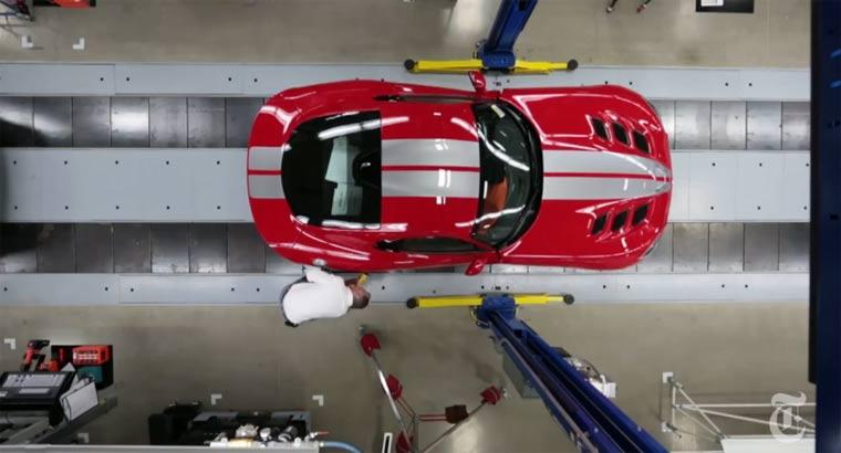 Blick in die Automanufaktor: eine Viper wird geboren