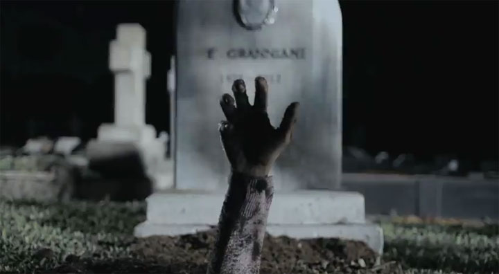 Die Tausend Tode der Zombie-Oma