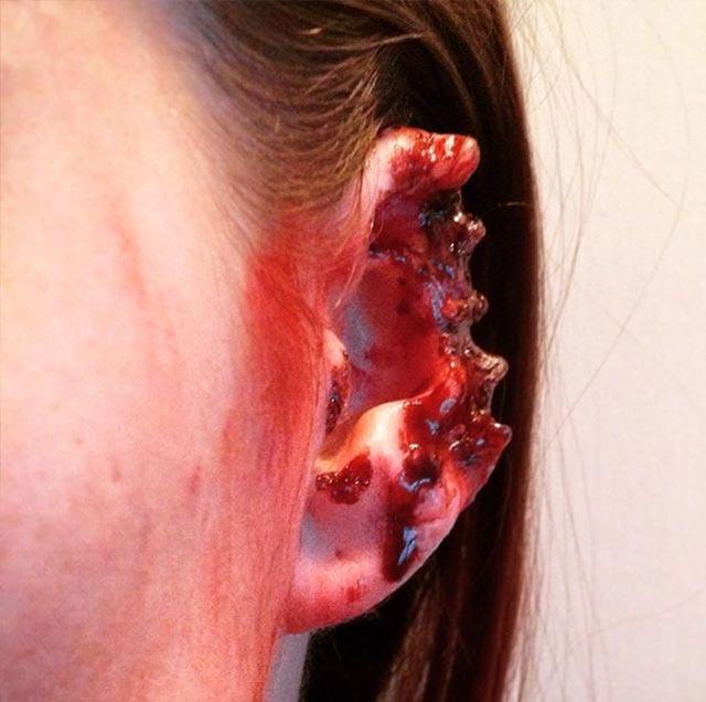 Erschreckend realistisches Horror-Make-Up AGC.SFX_06