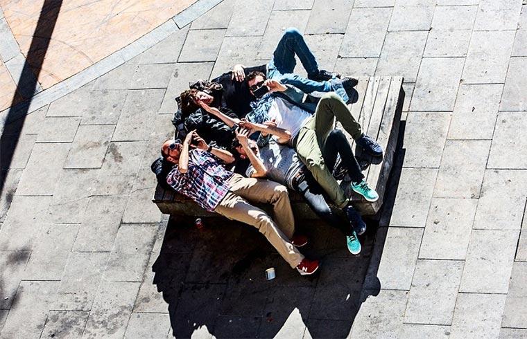 1 Jahr im Leben einer Bank in Barcelona Barcelona-Bench_01