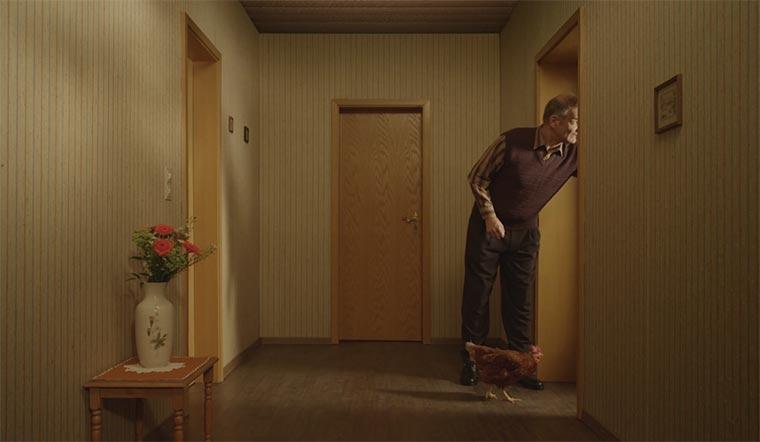 Herr Peters und das Huhn
