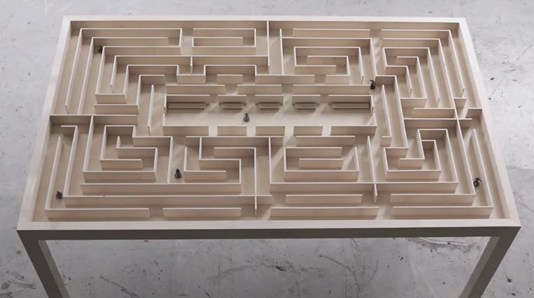 Labyrinth-Tisch Labyrinth-Table