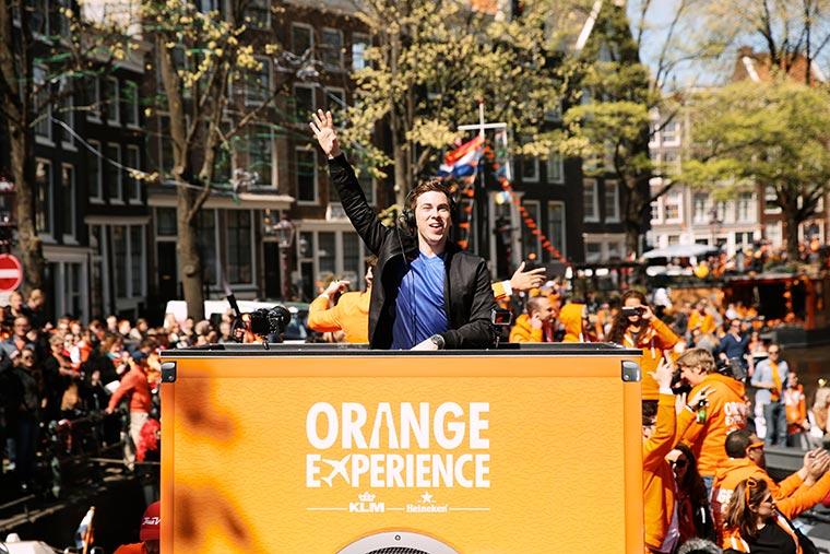 Orange-Experience_01