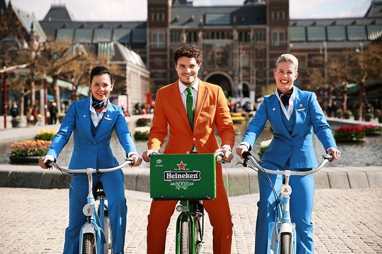 Und plötzlich fliegst du nach Holland Orange-Experience_02