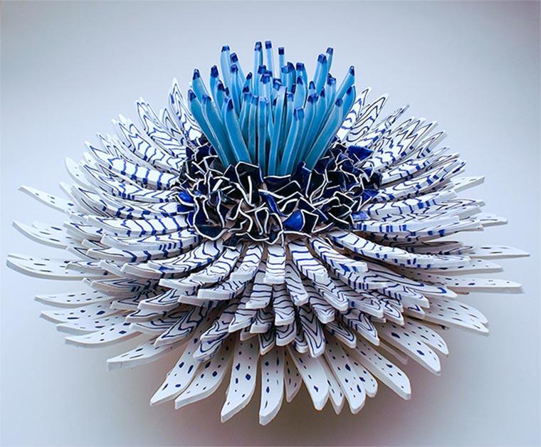 Blüten aus Keramik-Bruchstücken Zemer-Peled_02
