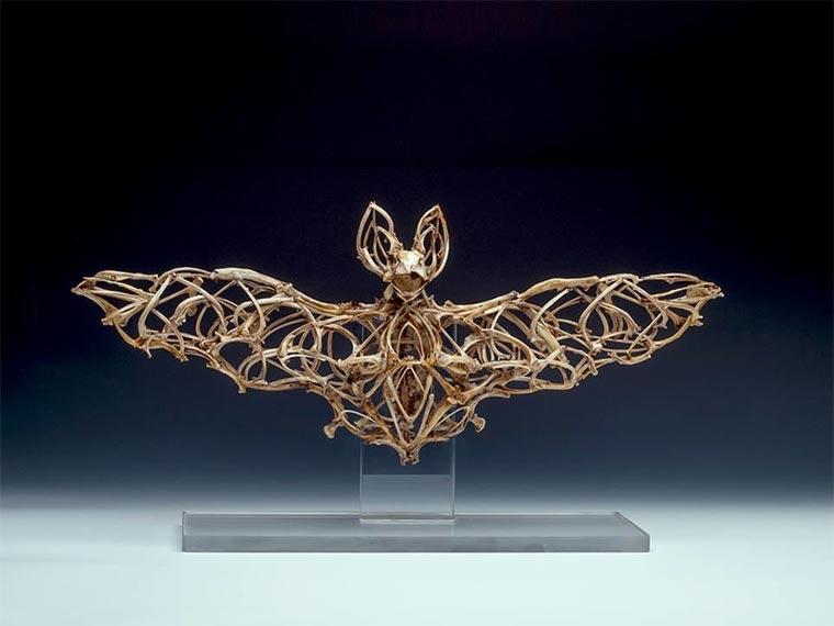 Skulpturen aus Tierknochen knochenskulpturen_02