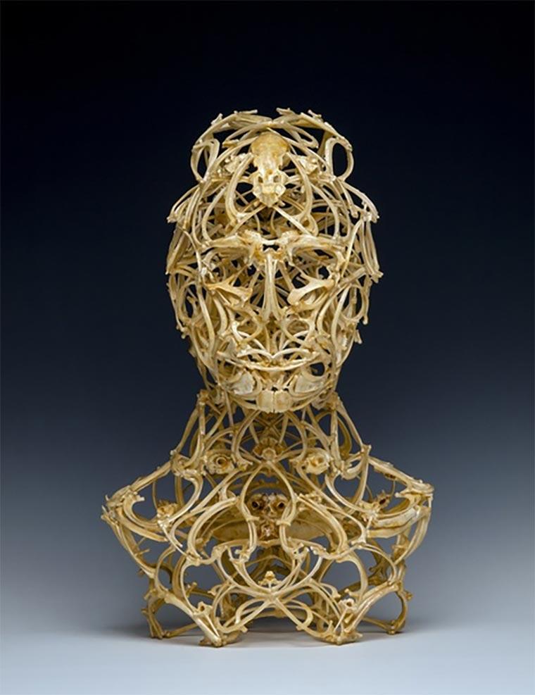 Skulpturen aus Tierknochen knochenskulpturen_05