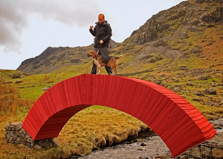 Brücke aus 22.000 Blatt Papier paper-bridge_03