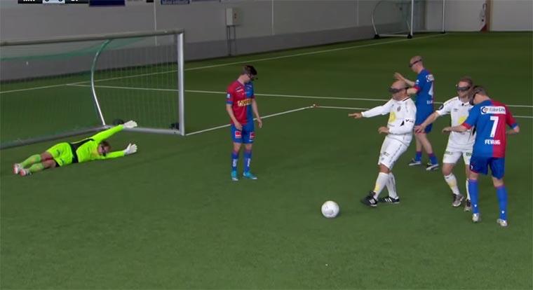 Fußballer sehen nur die Vogelperspektive top-down-soccer