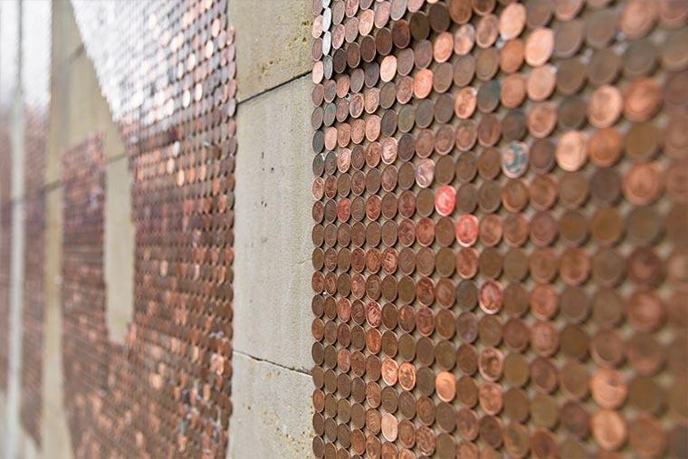 CRISIS: Kleingeld-Installation zum Mitnehmen CRISIS_06