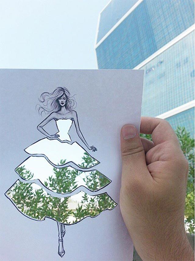 Kleidschablone vor Bäumen