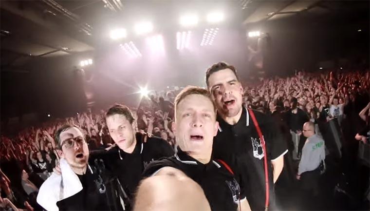 Deutsche Pop-Landschaft rappt für Deichkind