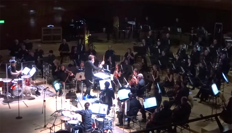 Orchester spielt 29 Hip Hop-Songs in 8 Minuten Hip-Hop-Orchestra
