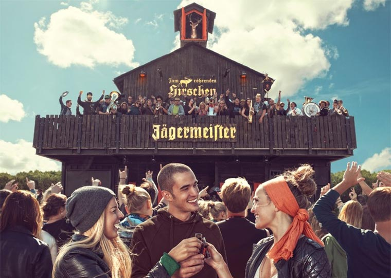 1x2 Tickets für das Deichbrand Festival Jaegermeister-Gasthof-2015_01