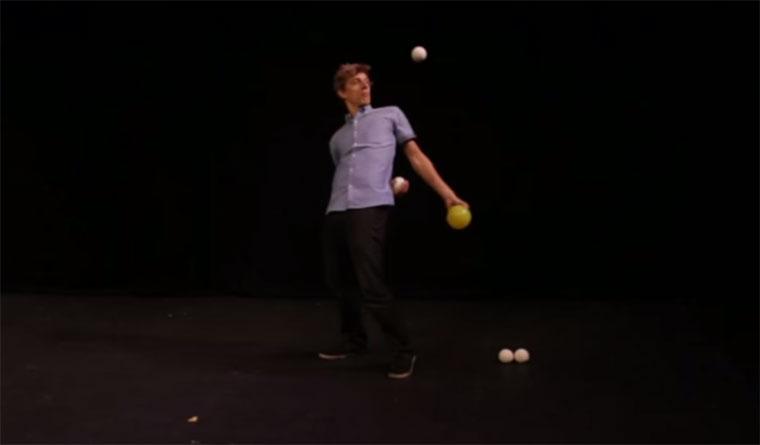 Mathematisches Jonglieren mathe-jonglieren