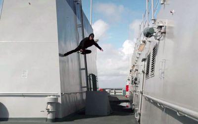 Navy-inliner