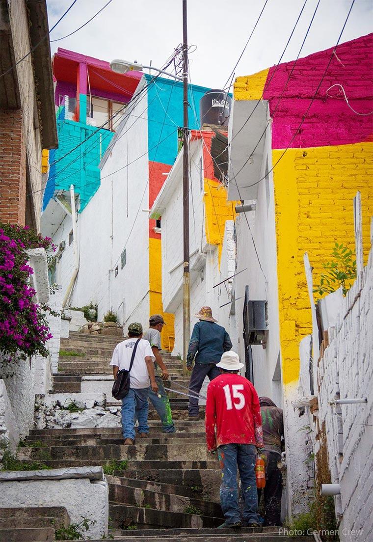 Mural über 209 Hausfassaden hinweg Plamitas_03