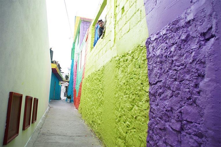 Mural über 209 Hausfassaden hinweg Plamitas_06