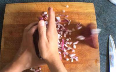 chop-onion