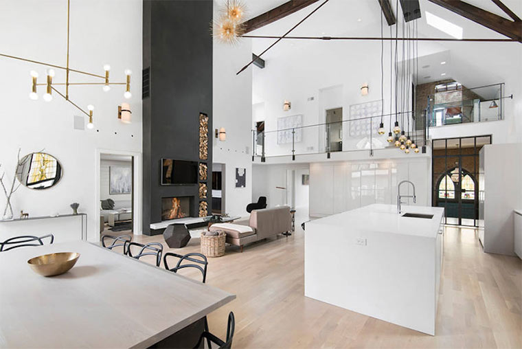 Designer-Loft in alter Kirche Church-Conversion_02