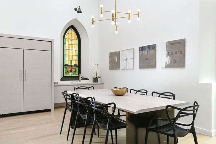 Designer-Loft in alter Kirche Church-Conversion_09
