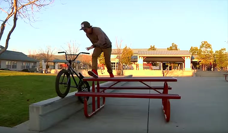 BMX mal anders: Tate Roskelley Tate-Roskelley