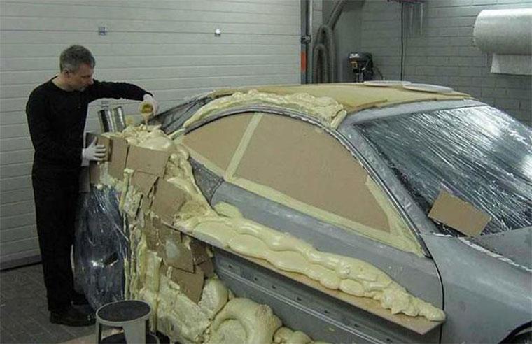 Autotuning mit Bauschaum und Pappe