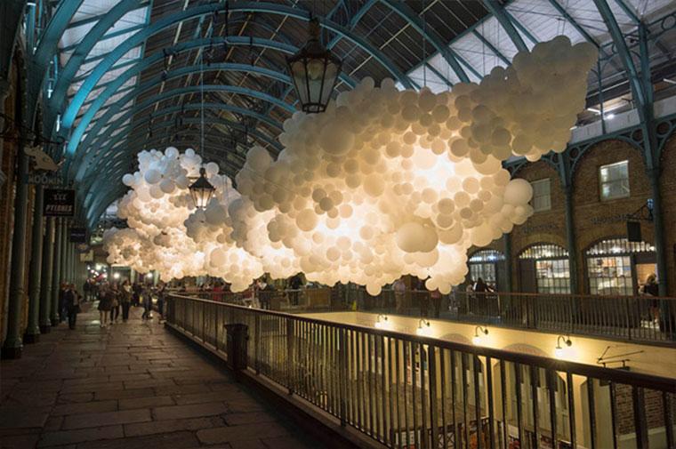 Wolkendecke aus 100.000 Luftballons Heartbeat-Petillon_02