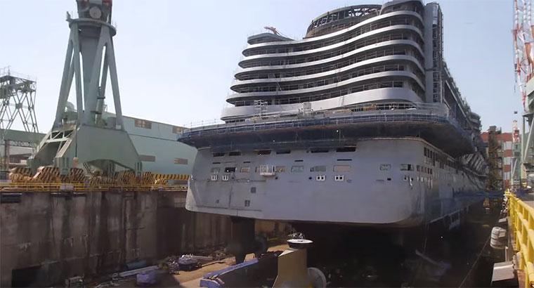 Timelapse: Bau eines Kreuzfahrtschiffs Timelapse-Aida
