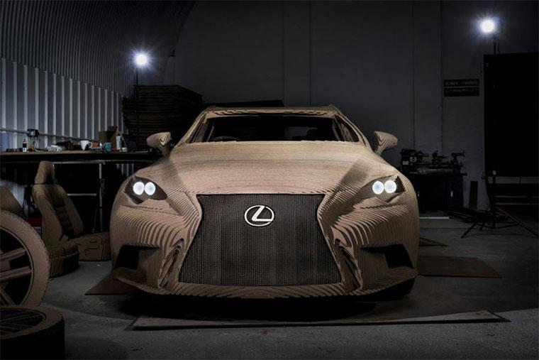Ein Lexus aus Pappe Cardboard-Lexus_01