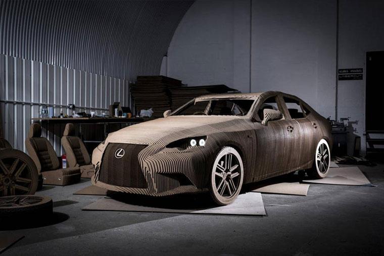 Ein Lexus aus Pappe Cardboard-Lexus_05